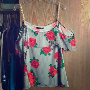 Sexy Rose 🌹 🌹 Cold Shoulder Shirt